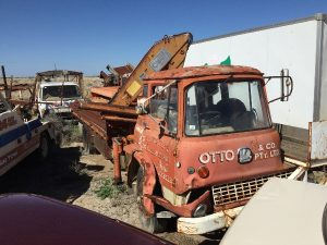 - BEDFORD 1/2 CABIN WITH CRANE AND TRAY