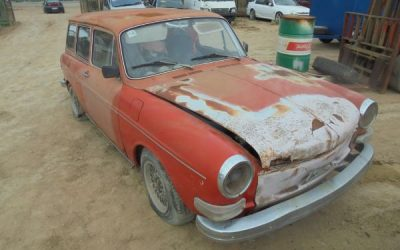 Wrecking Classic Cars – Port Wakefield SA 5550, Australia